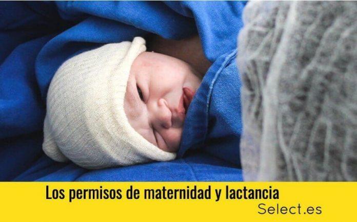 Mujer lactante disfrutando del permiso de maternidad